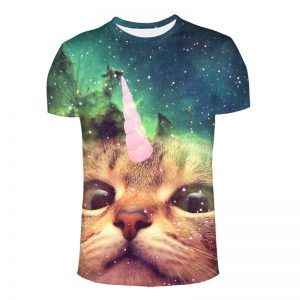 Festival shirt met kat die ijsje op het hoofd heeft