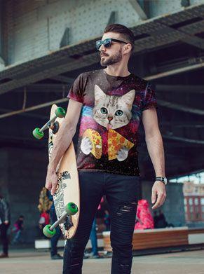 Festival shirt dat elke festivaloutfit compleet maakt met een kat en een pizza er op