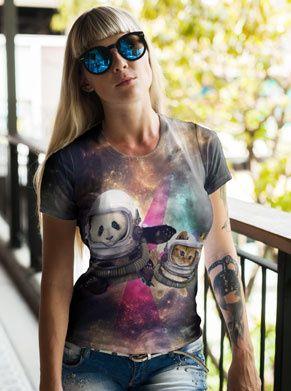 festivalshirt met een panda en een kat in de ruimte