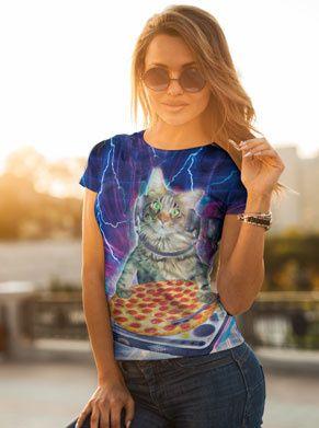 Pizza kat DJ festivalshirt foute kleding